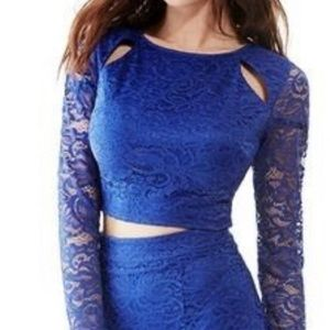 Blue GUESS long sleeve lace crop top